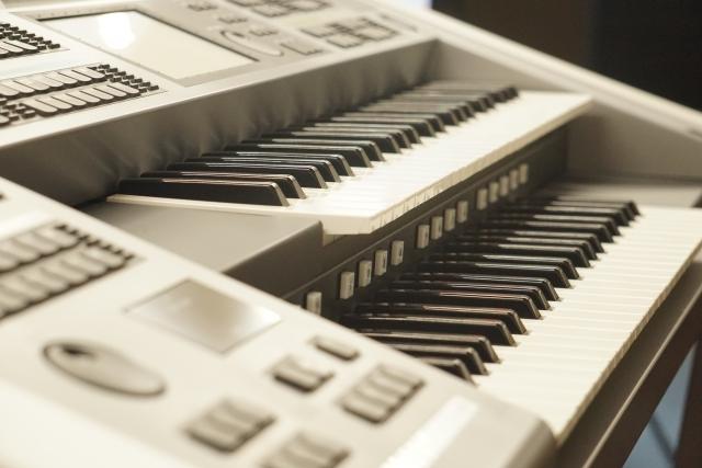 ヤマハ音楽教室でエレクトーンを習う
